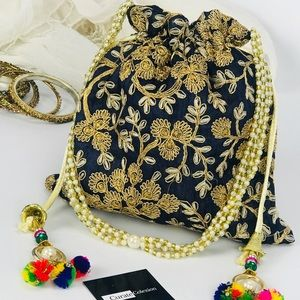 Handbags - Boho Chic Embroidered Drawstring Clutch Bag